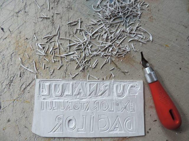 sculptare linoleum